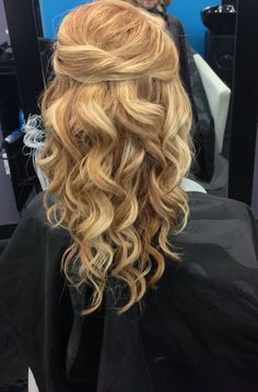 half up half down wedding hair ~ we ❤ this! moncheribridals.com #longweddinghair