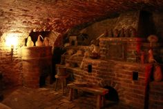 Inside an ancient alchemy laboratory; Speculum Alchemiae