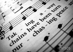 Profesora de canto y de piano  Profesora, cantante lírica y pianista, con importantísima  ..  http://el-escorial.evisos.es/profesora-de-canto-y-de-piano-2-id-597033