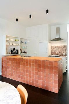 Victorian Home Interior Gorgeous use of handmade tile for a kitchen island bar! Home Interior Gorgeous use of handmade tile for a kitchen island bar! Interior Design Kitchen, Modern Interior Design, Interior Architecture, Interior Decorating, Brick Interior, Kitchen Tiles Design, Interior Sketch, Simple Interior, Minimalist Interior
