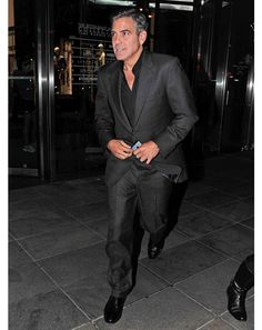 Big fan of George Clooney.  Great style.