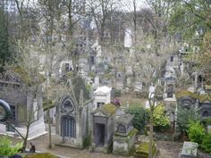 pere la chaise cemetery, paris. eerie, but peaceful and beautiful.