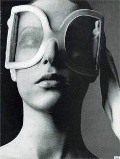 Vogue Italia, 1969. Lancetti sunglasses Photo by Oliviero Toscani