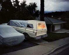 Randall Phenning es un fotógrafo de tan sólo 22 años del sur de California (USA). Aquí muestro una selección de sus fotografías donde hay buenos retratos junto algunos paisajes desconcertantes y con una atmósfera brillante.