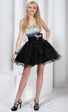 Imagen de http://www.frenchnovelty.com/mm5/graphics/27729-Hannah-S-Party-Dress-F12.jpg.