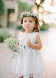 Ahhh my heart melted...can't wait for my niece to be my flower girl //  // Photo: Esther Sun Photography // Coordination: live.love.create events // TheKnot.com