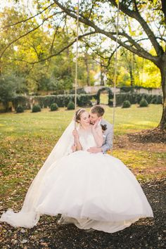 Taylor & Hailey Photo By Stephanie Messick Photography