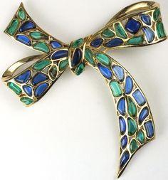 Trifari 'Modern Mosaics' Emerald and Sapphire Poured Glass Bow Pin