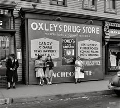 """May 1942. """"Southington, Connecticut. Girls at drugstore."""" Photo by Fenno Jacobs for the Office of War Information"""