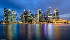 Singapore Marina Bay 2017 and 2005
