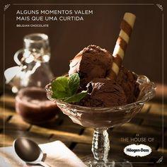 Qualquer hora é perfeita para experimentar o sabor Belgian Chocolate. #haagendazslovers #houseofhaagendazs #icecreamsocial