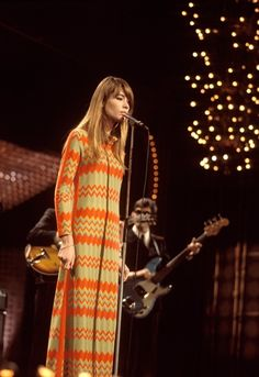 Francoise Hardy - On stage in London at one of her final live shows, 1968