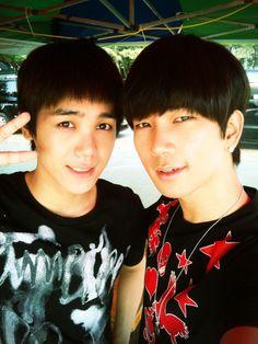 G.O + Mir (MBLAQ) Mir looks so young. Aww