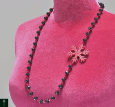 Christmas Necklace- Winter Adult Chunky Necklace- Christmas Frozen bubble Gum Necklace- Red Snowflake Necklace- Christmas Necklace-Christmas