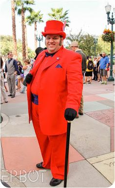 Last Saturday the dapper crowds descended on Disney's Hollywood Studios, and we were lucky enough to get the year's first almost-cool weat. Dapper Day, Hollywood Studios, Disneybound, Cosplay, Fall, Road Trip To Disney, Autumn, Disney Bound, Fall Season