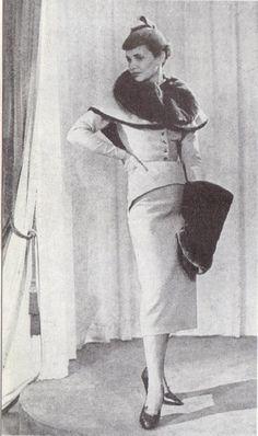 1949 - Pierre Balmain in France Illustration