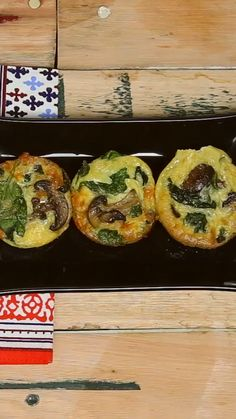 Spinach and Mushrooms Muffins - Spinat rezepte Tasty Videos, Food Videos, Mushroom Recipes, Vegetable Recipes, Muffin Recipes, Breakfast Recipes, Spinach Stuffed Mushrooms, Spinach And Mushroom, Healthy Muffins