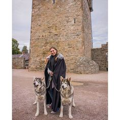 Always wanted to meet a direwolf? It's possible at the Game of Thrones experience at Castle Ward a.k.a. Winterfell in Northern Ireland! || Photo by The Travel Tester