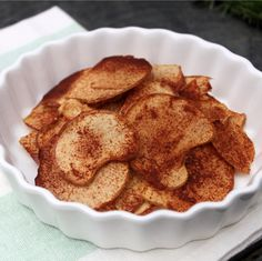 Cinnamon sugar apple chips. I want to try this!