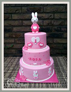 nijntje taart roze - Google zoeken