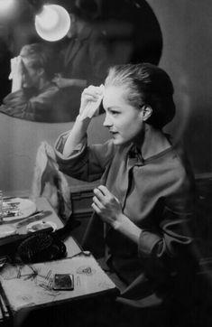 Sabine Weiss, Romy Schneider, Film Photography, Saints, Portraits, Human Figures, World War, Fotografia, Photography