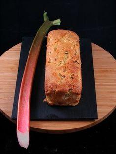 Cake à la rhubarbe : Recette de Cake à la rhubarbe - Marmiton