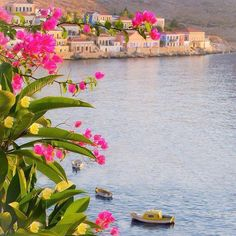 Explore the beauty and culture of Greece! Greece Vacation, Greece Travel, Greece Islands, World Photography, Crete, Worlds Largest, Places To Visit, Around The Worlds, Instagram