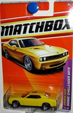 Dodge Challenger SRT8 Matchbox 2011 Sports Cars #4/100 Yellow