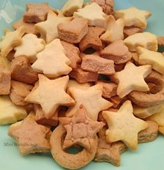 *Συνταγές απλές και εύκολες*: Σέρβικο ψωμί ή αλλιώς POGAČA!!! Biscuits, Cookies, Desserts, Food, Crack Crackers, Crack Crackers, Tailgate Desserts, Deserts, Essen