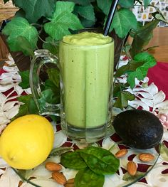 Spinach and mint green smoothie recipe - all recipes uk Smoothie Vert, Smoothie Popsicles, Juice Smoothie, Smoothie Drinks, Mint Recipes, Green Smoothie Recipes, Bullet Smoothie, Hurom Juicer, Lemon Detox