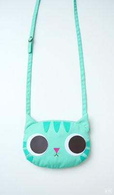Minty cat little cross body bag