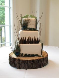 Love this cake...if I could redo my wedding it would be peacock themed and this would be my cake! <3