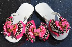 Minnie Safari Ribbon Flip Flops and Minnie Hair Bow with Polymer Bead to Match - Custom Boutique Set