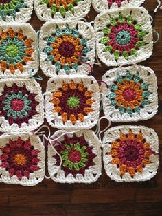 Transcendent Crochet a Solid Granny Square Ideas. Inconceivable Crochet a Solid Granny Square Ideas. Baby Afghan Crochet, Crochet Quilt, Crochet Squares, Crochet Granny, Free Crochet, Sunburst Granny Square, Granny Square Blanket, Granny Squares, Purse Patterns Free