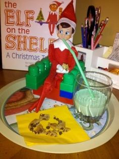 Funny and creative ideas for Elf on the Shelf - Click image to find more Holidays & Events Pinterest pins