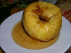 Poma al forn/ Manzana al horno/ Oven made apple/ Maçã ao forno