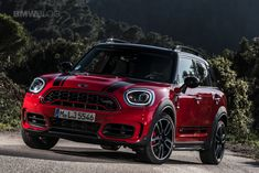 The redesigned 2021 MINI Countryman LCI) arrives at Arjeplog for the cold weather testing program before its launch this Summer New Mini Countryman, Cooper Countryman, Mini Cooper Wallpaper, Mini Crossover, Latest Bmw, Sea Wallpaper, Range Rover Classic, John Cooper Works, Arctic Circle