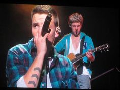 Niall and Liam during Over Again<3
