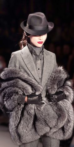 ZangToi. RcΔ  Join https://www.facebook.com/groups/globalfashionspromotions/