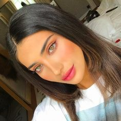 41 Hottest Smokey Eye Makeup Ideas - - Make up - Maquillaje Beauty Make-up, Beauty Hacks, Hair Beauty, Beauty Tips, Smokey Eye Makeup, Lip Makeup, Makeup Glowy, Smoky Eyeshadow, Eyeshadow Ideas