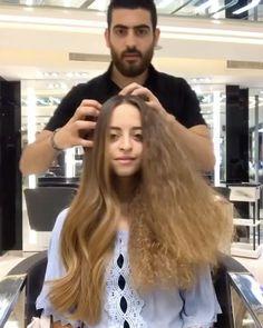 """104.8 mil Me gusta, 1,215 comentarios - Huda Kattan (@hudabeauty) en Instagram: """"Hair by @helandloul 😍😍😍"""""""