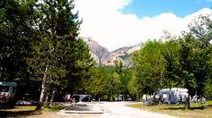 Camping Saint Clair Moustiers Sainte Marie (Lac de Sainte Croix). Mogelijkheden elke dag een berg te fotograferen.