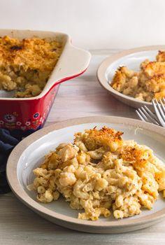 Seafood Mac and Cheese Seafood Mac And Cheese, Creamy Macaroni And Cheese, Best Mac And Cheese, Cheese Recipes, Seafood Recipes, New Recipes, Cooking Recipes, Yummy Recipes, Dinner Recipes