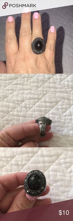 Woman's Ring size 10 Premier Design ring. Only worn a couple of times. EUC Premier Designs Jewelry Rings