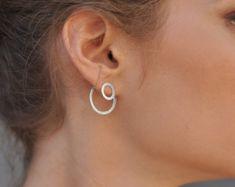 Chic minimaliste artisanal Mat Lustré Silver bar Twist Wire Boucles d/'oreilles