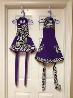 Size 3-4 and size 7-8 girls apron-The Penny Pinching Piddler. MOMMY PLEASE GET THIS FOR MY ART CLASS!!!!!!!!