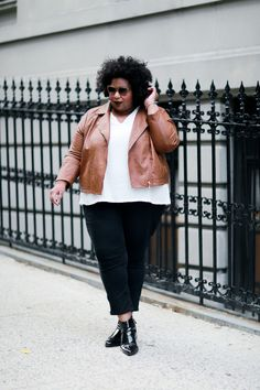 Curvy Style Inspiration: For a streamlined, modern look, stick to neutral hues and classic silhouettes.