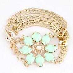 Unique Triple Chains Design Luxurious Flower Theme Bracelet - Green