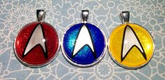 Star Trek is pretty cool, and TNG is my favourite series of it, so I did a set of Trekkie necklaces