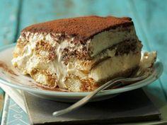 Kann denn Nachtisch Sünde sein? Okay, mein Rezept für Tiramisu hat garantiert auch ganz schön viele Kalorien. Aber dafür kommt es ohne rohes Ei und Alkohol aus.